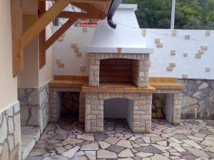 2 - Zidani roštilj od kamena